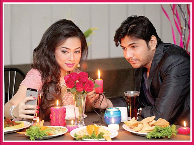 Candle-Light-Dinnar