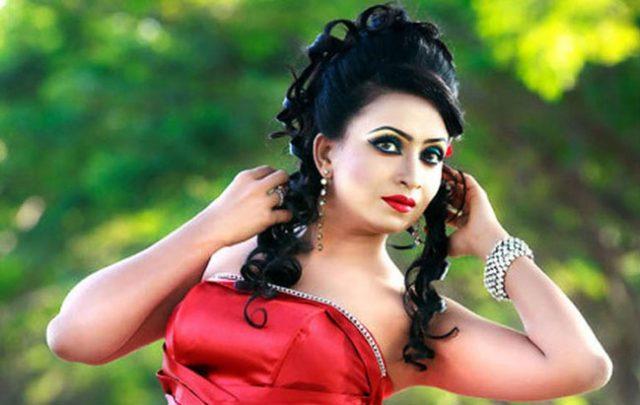 Farjana-Chobi