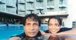 Mosharraf-Karim-With-His-Wife
