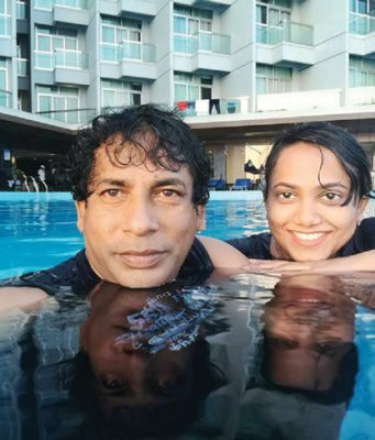 Mosharraf-Karim-With-His-Wife